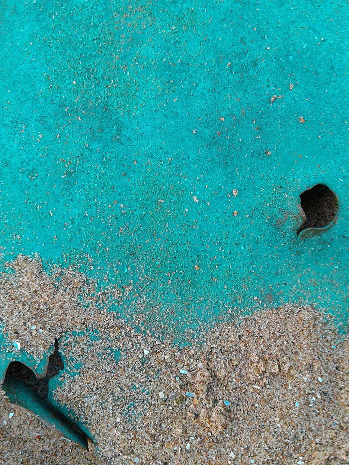 Sand, copper, holes. Baltray